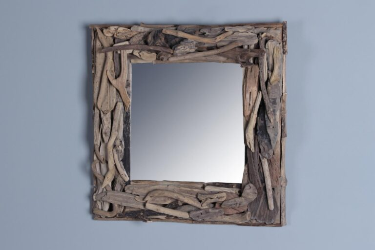 Drijfhouten spiegel 50x50 cm.