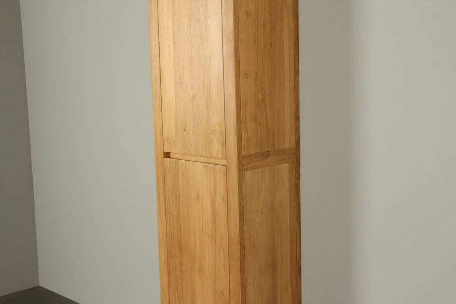 Hoge badkamerkast teakhout Sirung 165 cm