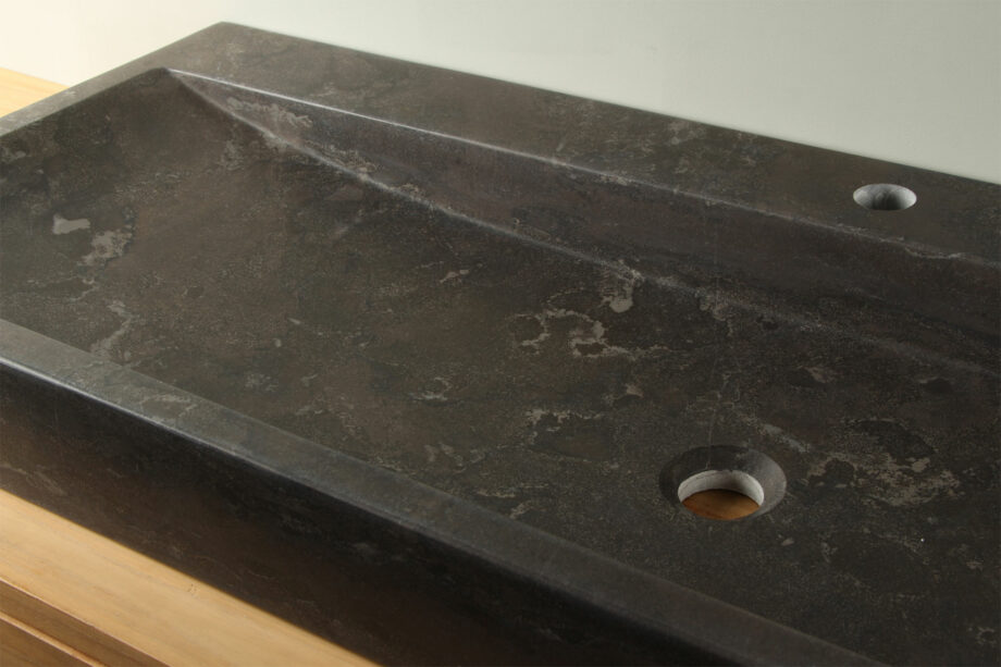 Natuurstenen wasbak 140 cm BE-032-1k